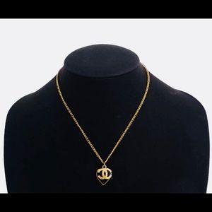 Auth Chanel CC Logo Heart Necklace Goldtone Black